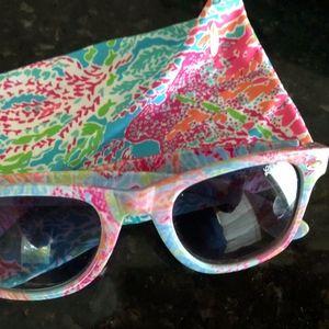 Madeline Lets Cha Cha Polarized sunglasses